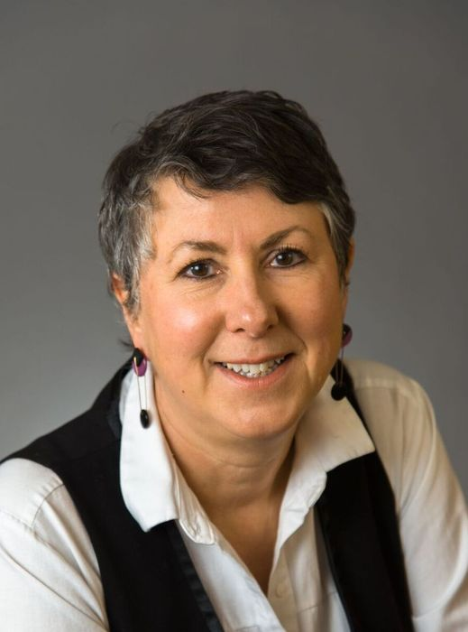 Photo of Gayle Gifford