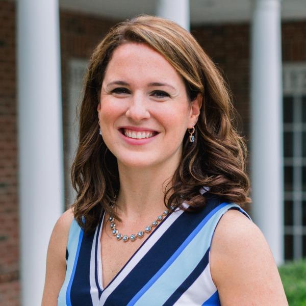 Photo of Sarah TeDesco